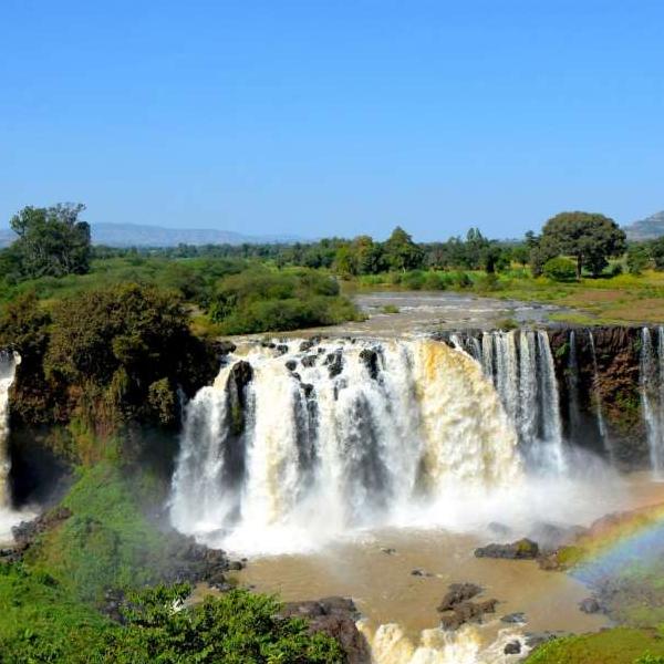 Hike to the Waterfalls and transfer to Lake Kivu