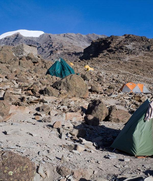 Barranco camp – Barafu camp (15,090ft/4600m)