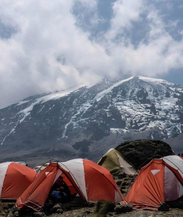Barafu camp-Summit (19,340ft/5895m)-Mweka camp (10,200ft/3,110m)